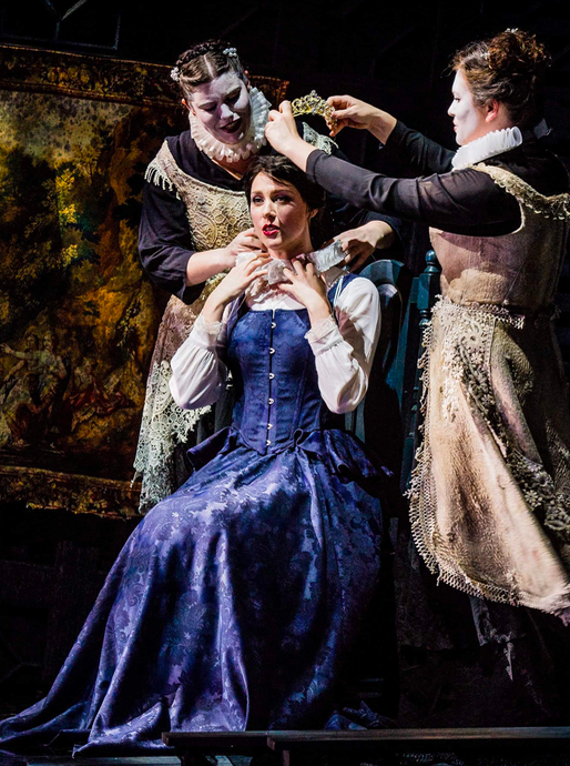 "Queen Dido in ""Dido and Aeneas""                                         Photo: Robert Workman"